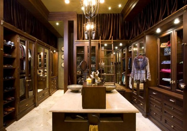 Luxury Closet By Robeson Design