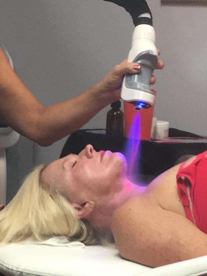 Cryotherapy for the face